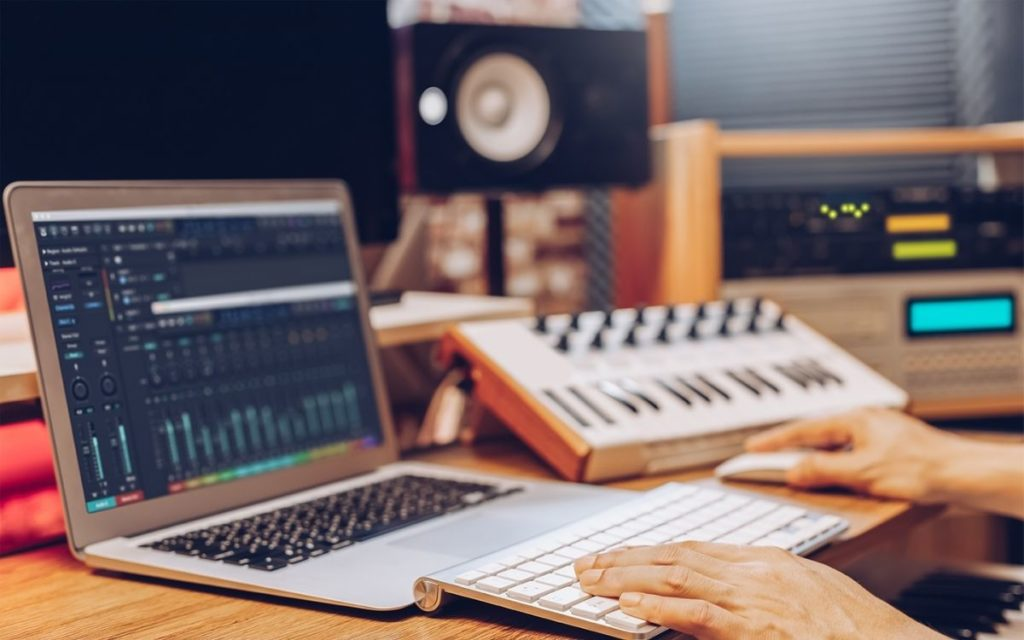 Best Budget Laptop For Music Production